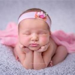 Iwona Pajewska Newborn Photographer - profile picture